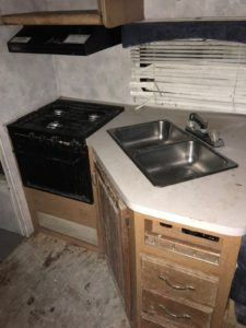 Kitchen sink and gas stove/oven